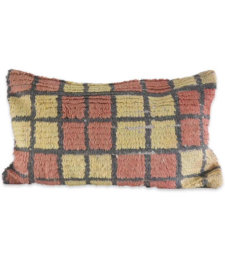 berber-vintage-pillow