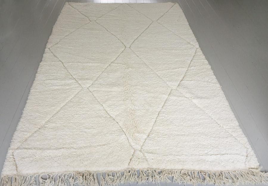 beni ouarain berber carpet